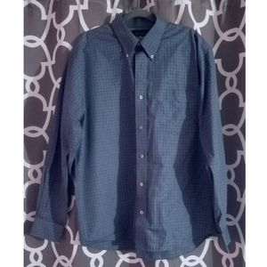 Eddie Bauer Relaxed Fit Blue Plaid Button Down Top